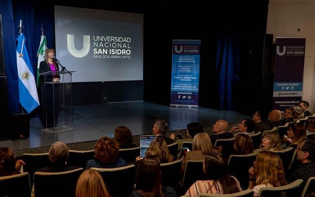 presentación carreras universidad nacional de san isidro