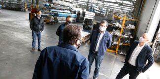 Merediz visitó la planta de TDA Anodizados