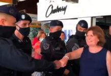 policias saludan a patricia bullrich